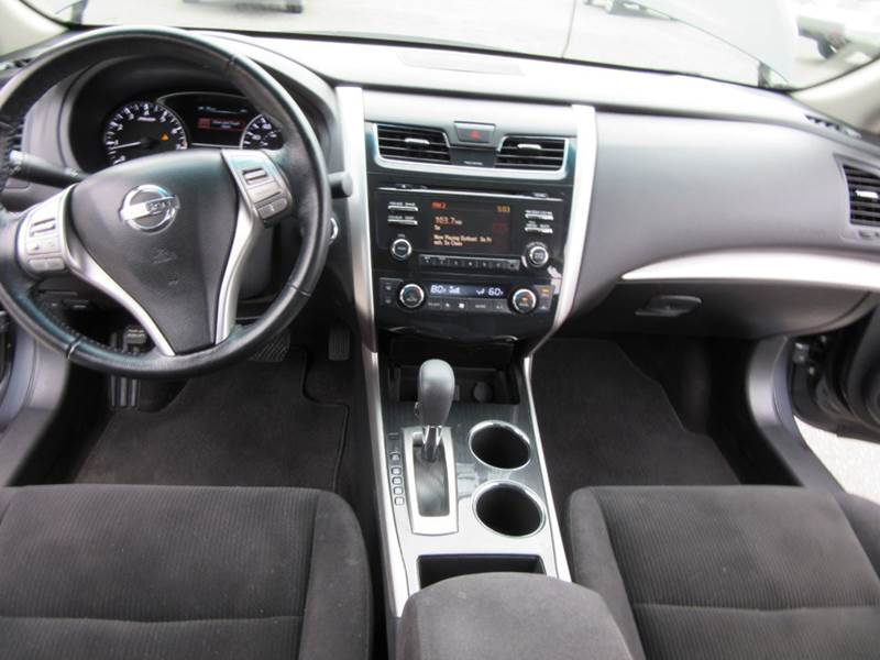 2013 Nissan Altima 2.5 SV 4dr Sedan - Lynnwood WA