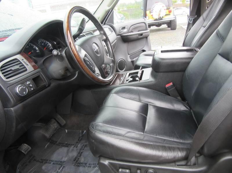2008 GMC Yukon AWD Denali 4dr SUV - Lynnwood WA