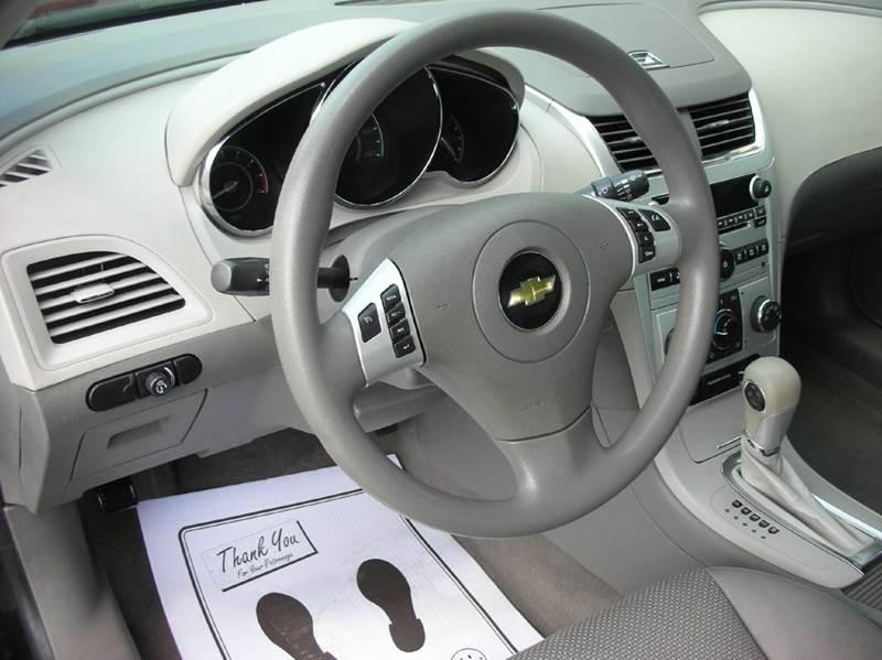 2012 Chevrolet Malibu LS 4dr Sedan - Defiance OH