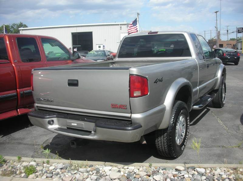 2001 GMC Sonoma 2dr Extended Cab SLS 4WD SB - Defiance OH