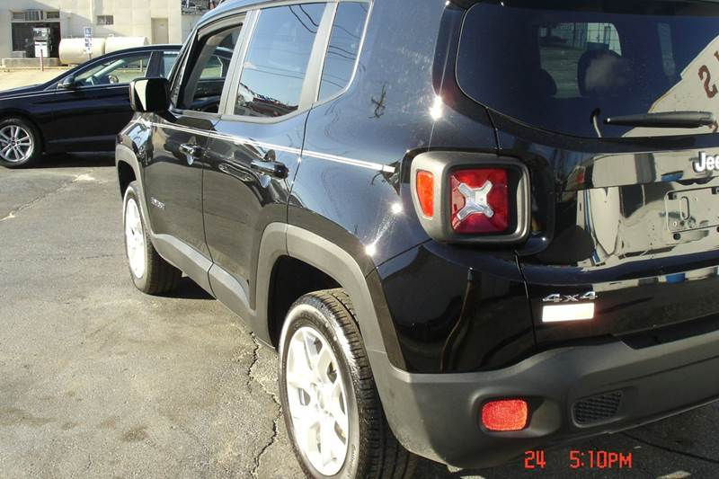 2016 Jeep Renegade 4x4 Latitude 4dr SUV - Crewe VA