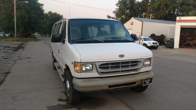 1998 Ford E-350 3dr XL Club Wagon Extended Passenger Van - Laurel NE