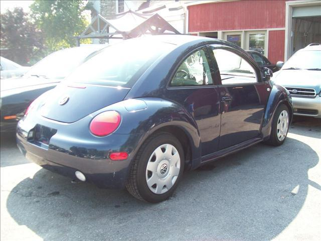 2000 Volkswagen New Beetle GLS - Derry NH