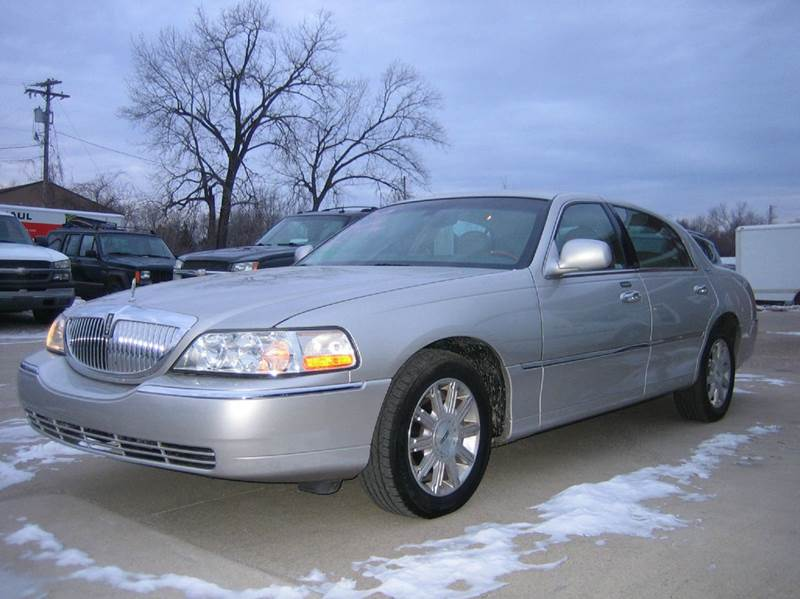 2007 lincoln town car signature limited 4dr sedan in mt pleasant ia schrader used cars. Black Bedroom Furniture Sets. Home Design Ideas