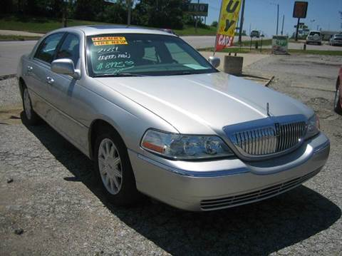 Lincoln town car for sale iowa for Strieter motor davenport ia