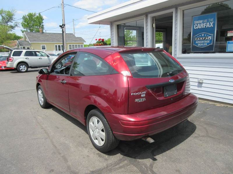 2006 ford focus zx3 se 2dr hatchback in zeeland mi marv. Black Bedroom Furniture Sets. Home Design Ideas