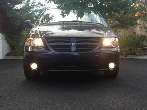 2005 Dodge Grand Caravan for sale in Passaic, NJ