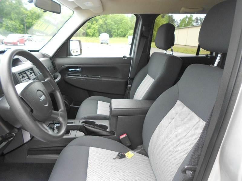 2010 Jeep Liberty 4x4 Sport 4dr SUV - Greenville MI