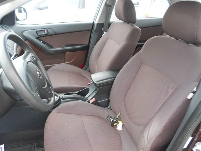 2010 Kia Forte EX 4dr Sedan 4A - Greenville MI