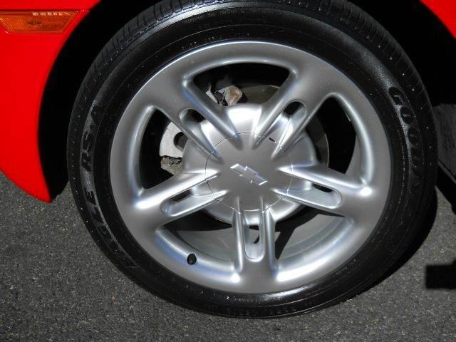 2003 Chevrolet SSR LS 2dr Regular Cab Convertible Rwd SB - Thousand Oaks CA