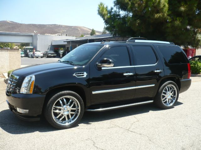 2007 CADILLAC ESCALADE BASE 4DR SUV black local two owner 2007 cadillac escalade 4-door suv thi
