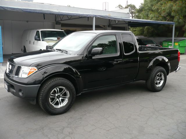 2007 Nissan Frontier Xe 4dr King Cab 6 1 Ft Sb 2 5l I4