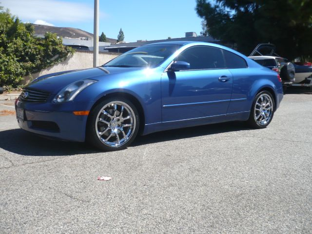 2005 INFINITI G35 BASE RWD 2DR COUPE blue low mileage 2005 infinity g35 2-door coupe this vehicl