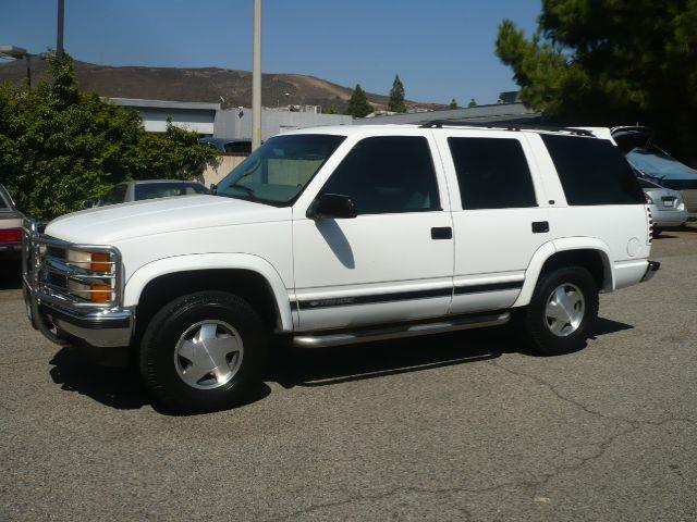 1999 CHEVROLET TAHOE LT white 1999 cheverolet tahoe lt 4-door suv this vehicle is equiped with fr