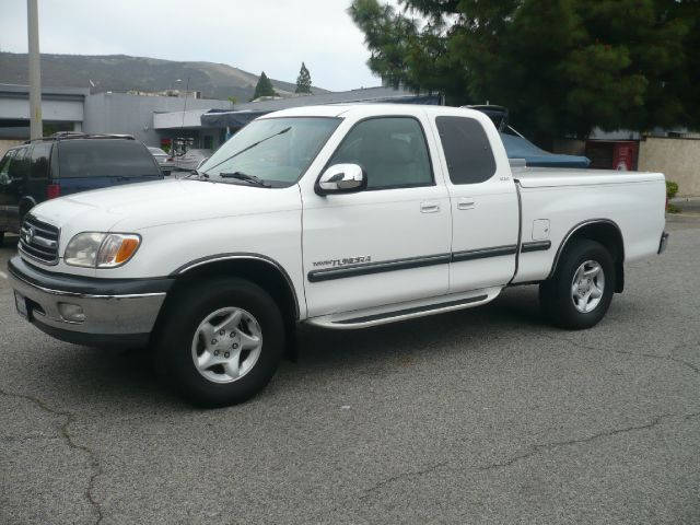 2000 TOYOTA TUNDRA SR5 ACCESS CAB 2WD white local one owner 2000 toyota tundra access cab sr5 4-