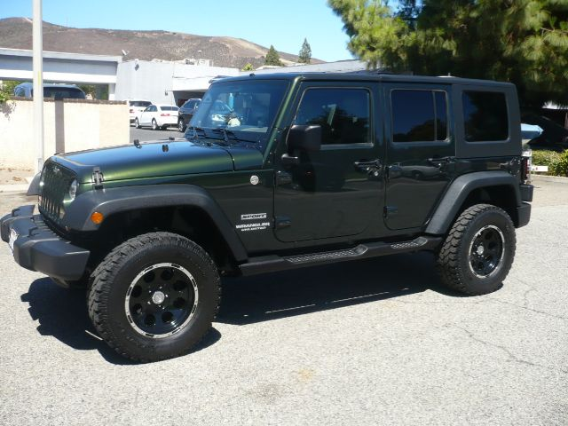 2010 JEEP WRANGLER UNLIMITED SPORT 4X4 4DR SUV natural green local one owner low mileage 2010 j
