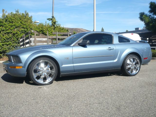 2005 FORD MUSTANG V6 DELUXE 2DR COUPE blue extra clean two owner 2005 ford mustang 2-door deluxe
