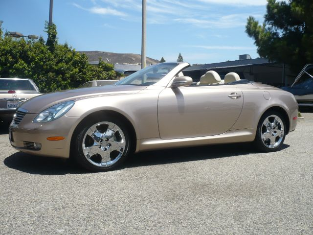 2004 LEXUS SC 430 BASE 2DR CONVERTIBLE egyptian sand pearl local one owner very low mileage 200