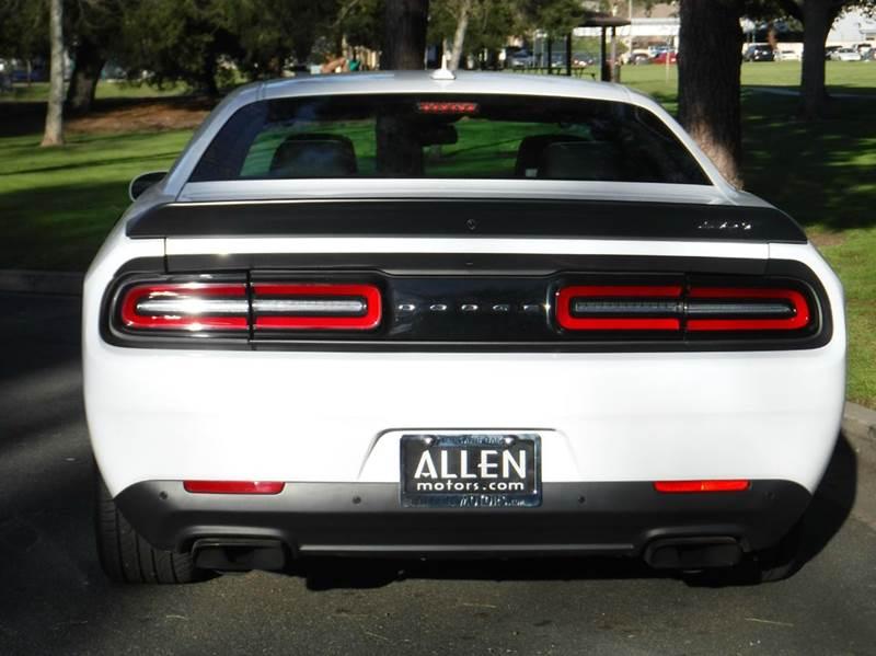 2016 Dodge Challenger SRT Hellcat 2dr Coupe - Thousand Oaks CA
