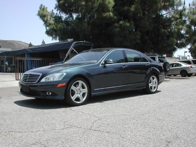 2007 MERCEDES-BENZ S-CLASS S550 4DR SEDAN grey 2007 mercedes benz s-class s550 sedan  this two ow