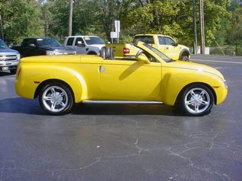 2003 Chevrolet SSR for sale in Hillsboro, OH