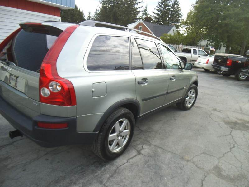 2006 volvo xc90 2 5t 4dr suv w third row in alden ny. Black Bedroom Furniture Sets. Home Design Ideas