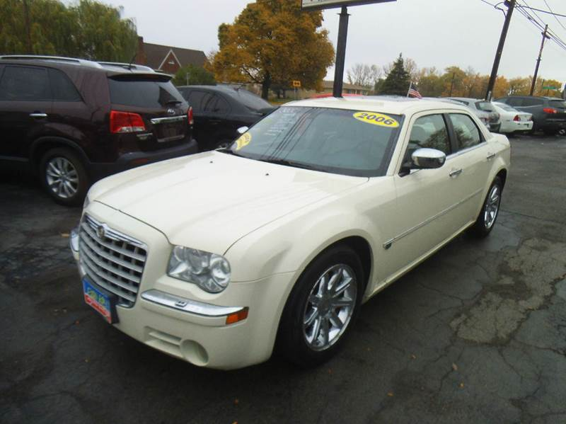 2006 chrysler 300 c 4dr sedan in alden ny peter kay auto. Cars Review. Best American Auto & Cars Review