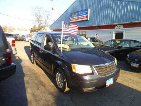 2008 Chrysler Town and Country for sale in Alden Hamburg N.Tonawanda, NY