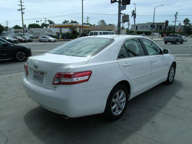 2011 Toyota Camry LE V6 4dr Sedan 6A - Los Angeles CA