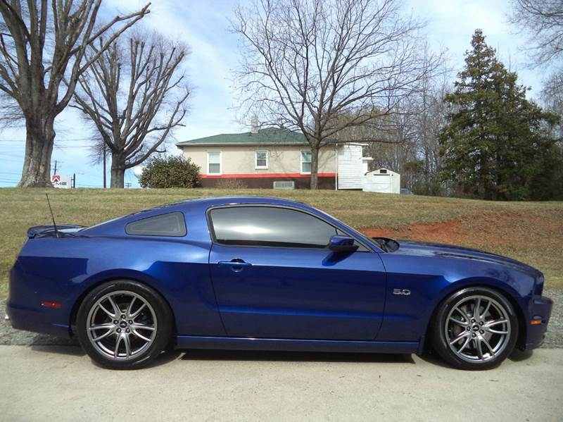 2014 Ford Mustang GT Premium 2dr Coupe - Mooresville NC