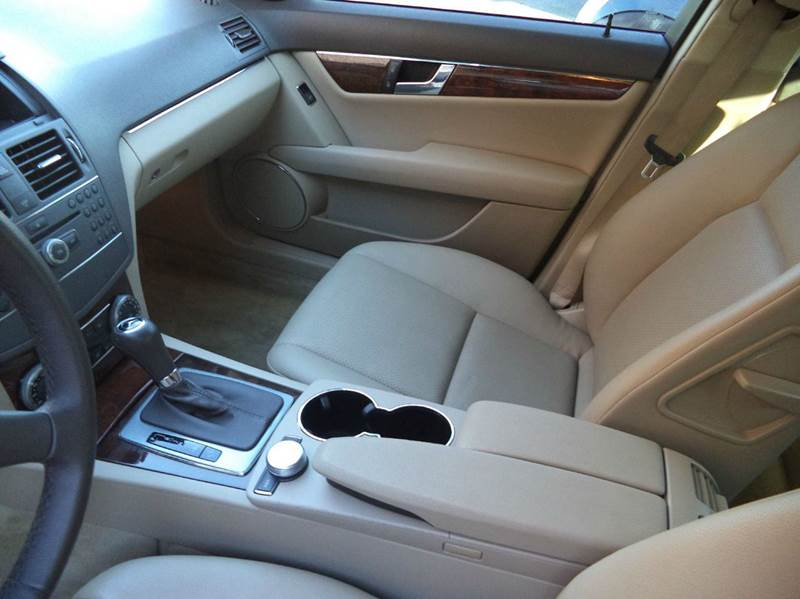 2010 Mercedes-Benz C-Class C 300 Luxury 4dr Sedan - Mooresville NC