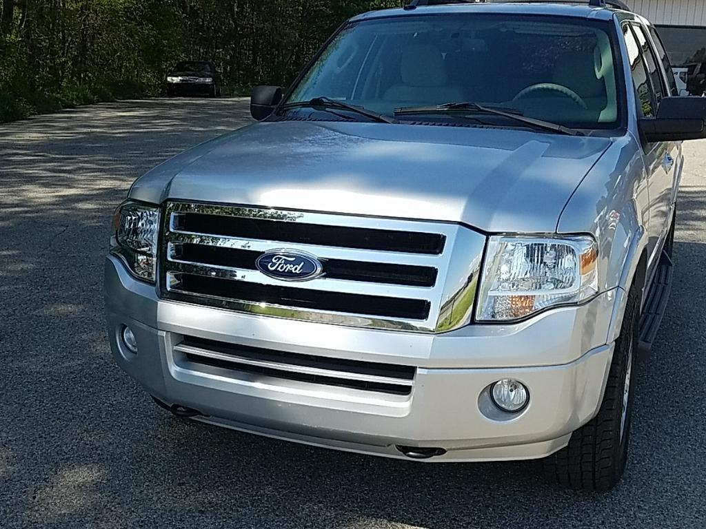 2011 Ford Expedition 4x4 XLT 4dr SUV - Allendale MI