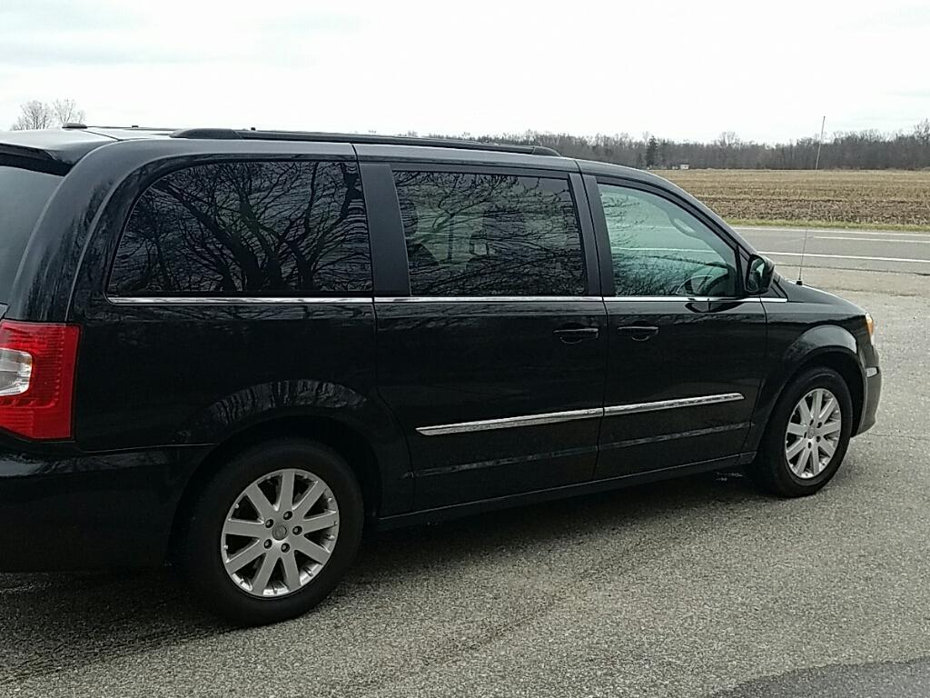 2014 Chrysler Town and Country Touring 4dr Mini-Van - Allendale MI