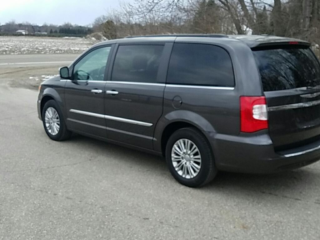 2015 Chrysler Town and Country Touring-L 4dr Mini-Van - Allendale MI