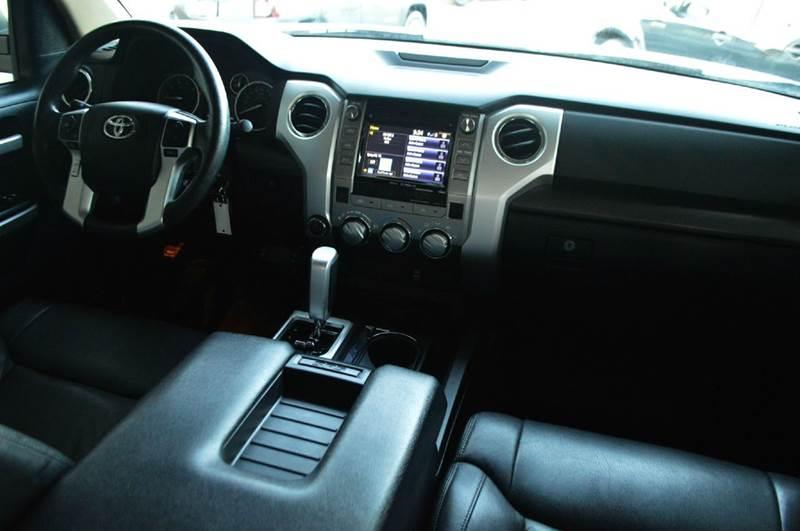 2014 Toyota Tundra 4x4 SR5 4dr Double Cab Pickup SB (5.7L V8 FFV) - Spring Hill TN