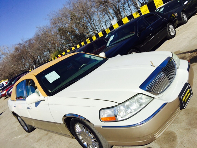 2005 Lincoln Town Car In Dallas Tx Mega Motors Inc