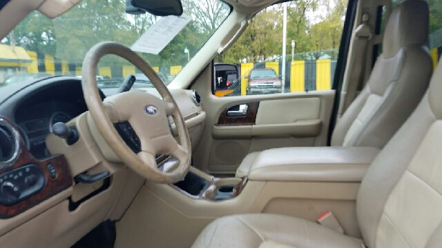 2005 ford expedition king ranch 4dr suv in dallas tx for Mega motors inc duncanville tx