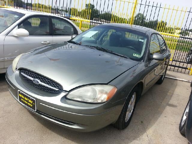 2001 Ford Taurus Se 4dr Sedan In Dallas Tx Mega Motors Inc