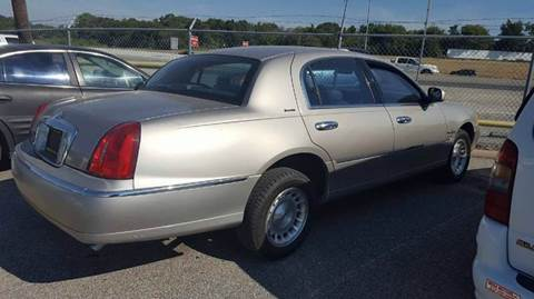 1999 Lincoln Town Car for sale in Dallas, TX