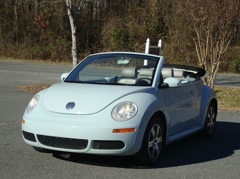 2006 volkswagen new beetle 2 5 2dr convertible w automatic in monroe nc pristine auto sales. Black Bedroom Furniture Sets. Home Design Ideas