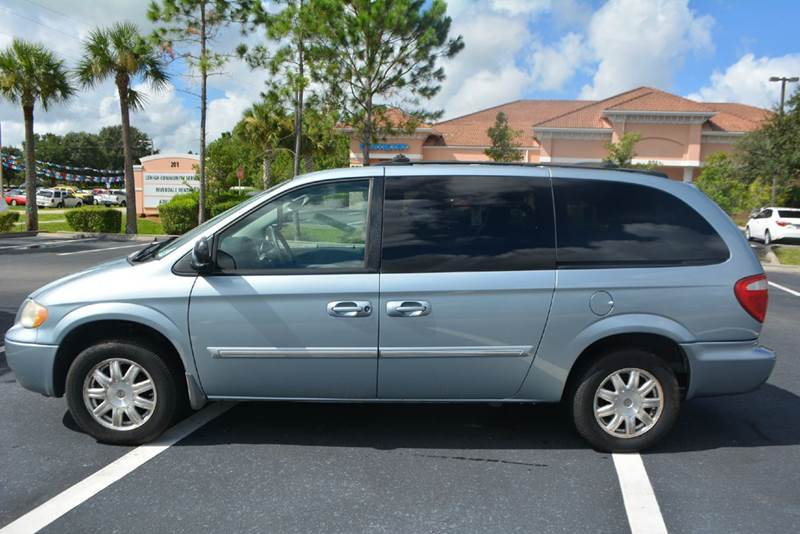 2006 chrysler town and country touring 4dr extended mini van in lehigh acres fl gas buggies. Black Bedroom Furniture Sets. Home Design Ideas