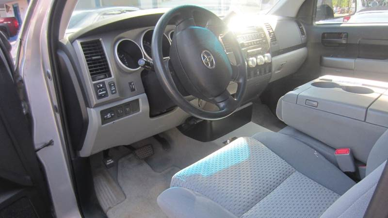2010 Toyota Tundra 4x4 Grade 4dr Double Cab Pickup SB (5.7L V8) - Morgantown WV