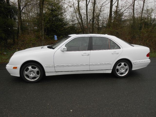 Used cars everett muscle cars for sale seattle lynnwood for 2000 mercedes benz e430