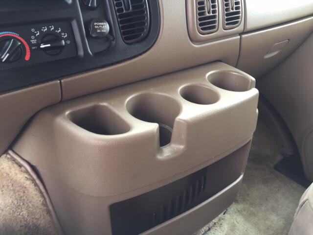 2001 Dodge Ram Wagon 1500 3dr Passenger Van - Jackson OH
