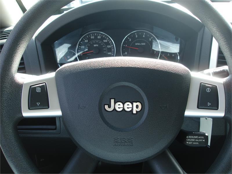 2009 Jeep Grand Cherokee 4x4 Laredo 4dr SUV - Winston Salem NC