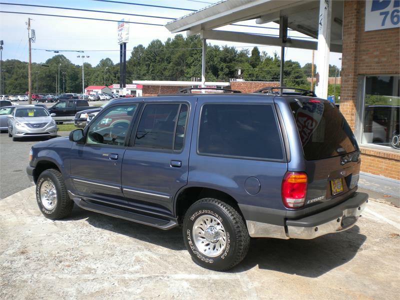 2000 Ford Explorer 4dr XLT 4WD SUV - Winston Salem NC