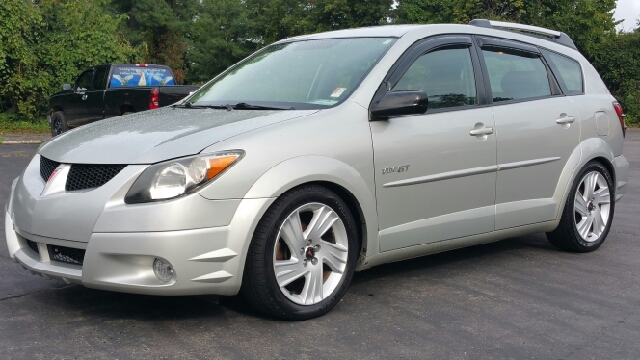 pontiac vibe for sale in new braunfels tx. Black Bedroom Furniture Sets. Home Design Ideas