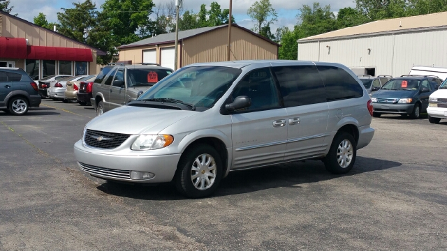 2001 chrysler town and country awd lxi 4dr extended mini for Thompson motors lapeer mi