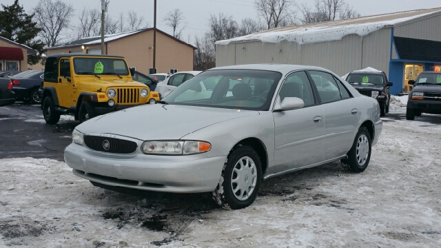 2004 buick century custom 4dr sedan in lapeer mi for Thompson motors lapeer mi