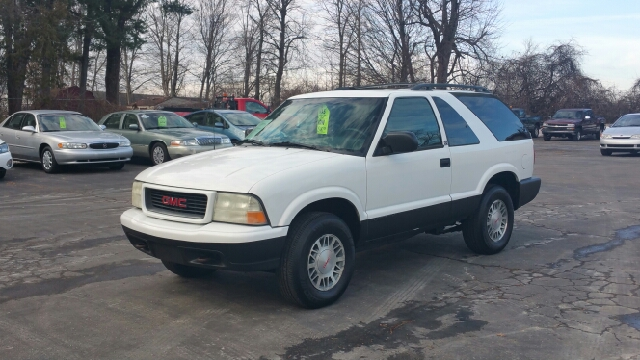 2001 gmc jimmy sls 4wd 2dr suv in lapeer mi thompson motors for Thompson motors lapeer mi